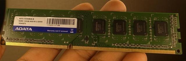メモリ8GB